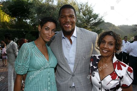 Nicole Murphy, Michael Strahan and Dolores Robinson