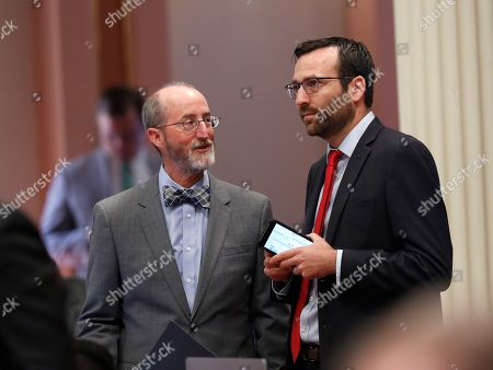 Steve Glazer, Ben Allen. Democratic state Senators Steve Glazer, of Orinda, left, and Ben Allen, of Santa Monica, confer during the Senate session, in Sacramento, Calif. The Senate approved Allen's measure to limit the use of gill nets for fishing off California's coast
