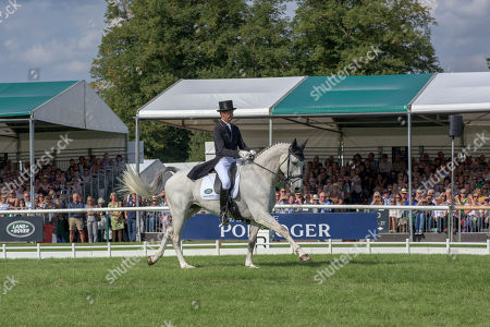 Mark Todd (NZL) riding Kiltubrid Rhapsody n action during his dressage test on day 2 of competition. The Land Rover Burghley Horse Trials. Burghley House, Stamford, Lincolnshire, Britain. 31st Aug 2018.