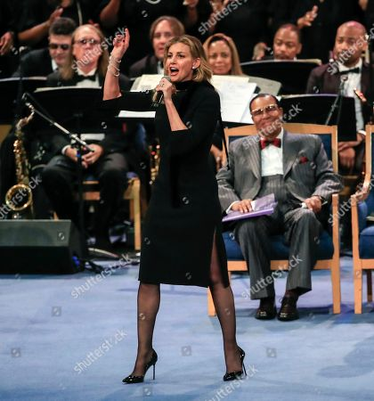 US singer Faith Hill performs during the funeral service for US singer Aretha Franklin at  the Greater Grace Temple in Detroit, Michigan, USA, 31 August 2018. Aretha Franklin, known as the Queen of Soul for recording hits such as RESPECT, Chain of Fools and many others, died 16 August 2018 from pancreatic cancer and will be buried in Woodlawn Cemetery on 31 August.