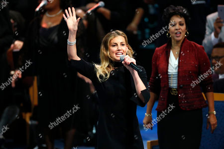 Faith Hill performs during the funeral service for Aretha Franklin at Greater Grace Temple, in Detroit. Franklin died Aug. 16, 2018 of pancreatic cancer at the age of 76
