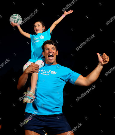 UNICEF Ambassador Donncha O'Callaghan announces his November 16 Testimonial Gala Dinner with avid fans; Holly & Mia Varela, Aoibhie Freeney, Philip Kavanagh and Jack Flanagan. Donncha is gifting all monies raised from this special event to UNICEF