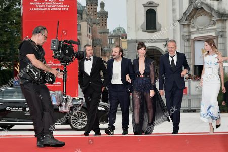 Director Olivier Assayas with Guillaume Canet, Vincent Macaigne, Nora Hamzawi, Christa Theret