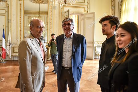 Taiwanese actor Chen Bolin and chinese actress Zhang Tian'ai welcomed by Bordeaux's mayor Alain Juppe at Bordeaux city hall