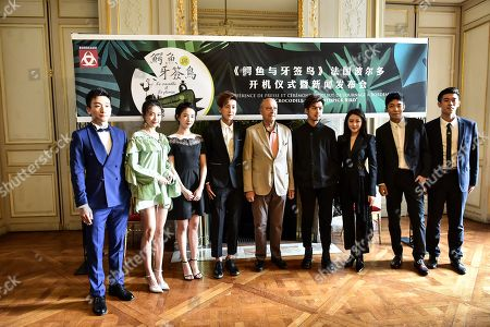 Taiwanese actor Chen Bolin and chinese actress Zhang Tian'ai and the other actors welcomed by Bordeaux's mayor Alain Juppe at Bordeaux city hall