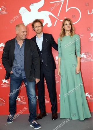 Hungarian director Laszlo Nemes (C), Hungarian actress Juli Jakab (R) and Romanian actor Vlad Ivanov (L) pose during a photocall for 'Napszallta (Sunset)' during the 75th annual Venice International Film Festival, in Venice, Italy, 03 September 2018. The movie is presented in official competition Venezia 75 at the festival running from 29 August to 08 September 2018.