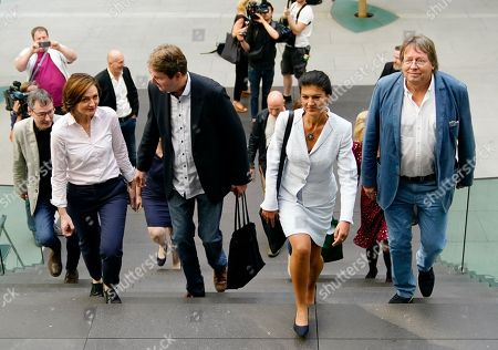 Sahra Wagenknecht (2-R), chairwoman of the parliamentary group of The Left (Die Linke) party in the German 'Bundestag' parliament, Ludger Volmer (R), former chairman of The Greens party, Simone Lange (3-L), Mayor of the city of Flensburg and Bernd Stegemann (5-L), author and dramatic adviser, arrive to the founding press conference of the movement 'Get Up' (Aufstehen) in Berlin, Germany, 04 September 2018. 'Get up' aims at gathering supporters of different parties in a common movement and to promote campaigns for left-wing political goals.