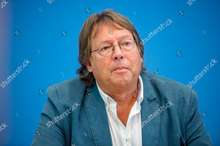 Stock Picture of Ludger Volmer, former chairman of The Greens party, during the founding press conference of the movement 'Get Up' (Aufstehen) in Berlin, Germany, 04 September 2018. 'Get up' wants to collect supporters of different parties to a common movement and promote campaigns for left-wing political goals.
