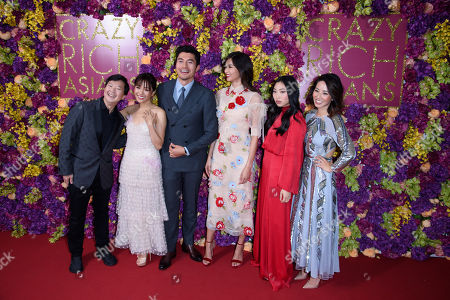 Ken Jeong, Constance Wu, Henry Golding, Gemma Chan, Awkwafina, Jing Lusi