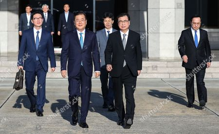 Presidential envoy Chung Eui-yong (C, front) and his delegation head to their plane to North Korea at Seoul Air Base in Seongnam, south of Seoul, South Korea, 05 September 2018. The delegation will make a one-day trip to Pyongyang with a personal letter from South Korean President Moon Jae-in in an effort to revive the stalled efforts on denuclearizing the North. From left, front row, are Vice Unification Minister Chun Hae-sung; Chung, head of the presidential National Security Office; and National Intelligence Service (NIS) Director Suh Hoon. In the second row are Yun Kun-young (L), presidential secretary for state affairs, and Kim Sang-gyun, a senior official at NIS.