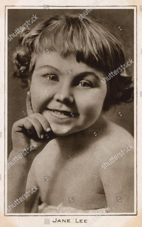 Jane Lee Child Star Who Worked For the Fox Film Corporation and Also Performed in Vaudeville with Her Sister Katherine. . Photograph On A Postcard