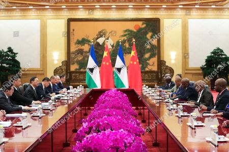 Chinese President Xi Jinping (2-L) meets with Prime Minister of Lesotho, Thomas Motsoahae Thabane (2-R) during a meeting at The Great Hall of People in Beijing, China, 06 September 2018.