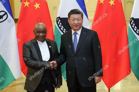 Chinese President Xi Jinping (R) shakes hands with Prime Minister of Lesotho, Thomas Motsoahae Thabane (L) before during a meeting at The Great Hall of People in Beijing, China, 06 September 2018.