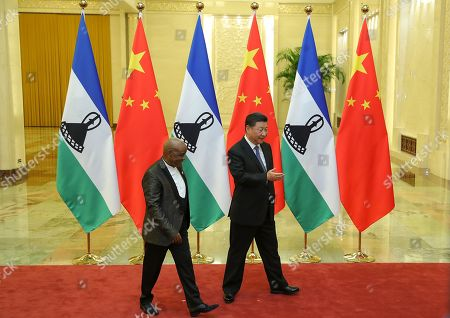 Chinese President Xi Jinping (R) meets with Prime Minister of Lesotho, Thomas Motsoahae Thabane (L) before during a meeting at The Great Hall of People in Beijing, China, 06 September 2018.