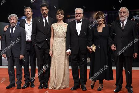 (L-R) Italian actors Antonio Catania, Gaetano Bruno, Alessandro Gassmann, and Micaela Ramazzotti, Italian filmmaker Roberto Ando, and Italian actors Laura Morante and Renato Carpentieri arrive for the premiere of 'Una storia senza nome' during the 75th annual Venice International Film Festival, in Venice, Italy, 07 September 2018. The movie is presented out of competition at the festival running from 29 August to 08 September 2018.