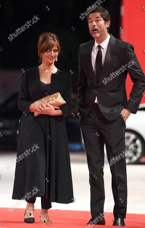 Italian actors Alessandro Gassmann (R) and Laura Morante arrive for the premiere of 'Una storia senza nome' during the 75th annual Venice International Film Festival, in Venice, Italy, 07 September 2018. The movie is presented out of competition at the festival running from 29 August to 08 September 2018.