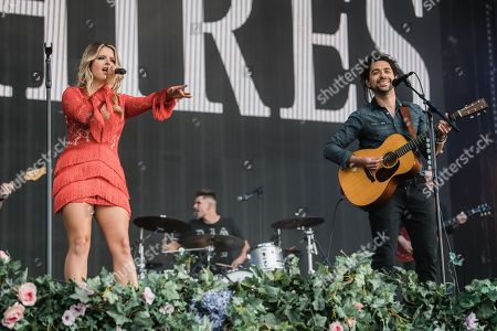 Crissie Rhodes and Ben Earle of The Shires