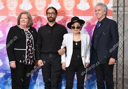 Megan Brennan, Yoko Ono, Sean Lennon and Bob Gruen
