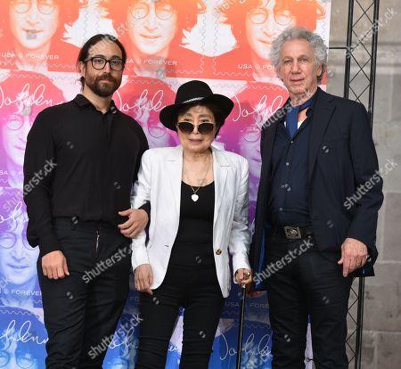 Sean Lennon, Yoko Ono and Bob Gruen