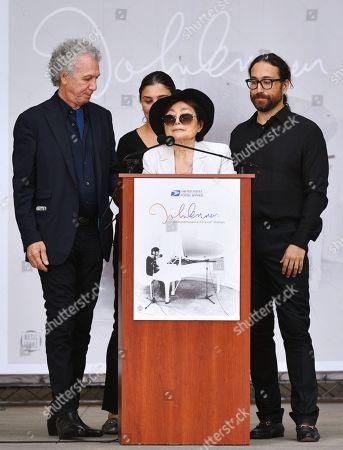 Bob Gruen, Yoko Ono and Sean Lennon