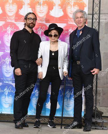 Yoko Ono, Sean Lennon and Bob Gruen