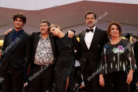Pierre Schoeller, Pierre Schoeller, Celine Sallette, Laurent Lafitte, Noemie Lvovsky. Actor Louis Garrel, from left, director Pierre Schoeller, Celine Sallette, Laurent Lafitte and Noemie Lvovsky pose for photographers upon arrival at the premiere of the film 'One Nation One King' at the 75th edition of the Venice Film Festival in Venice, Italy