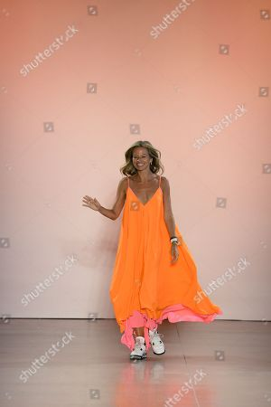Michelle Smith on the catwalk