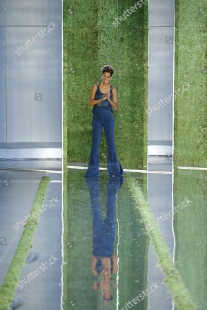 Carly Cushnie on the catwalk on the catwalk