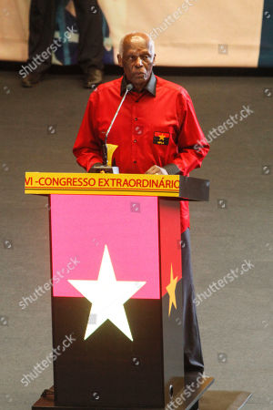 The outgoing president of the Popular Movement for the Liberation of Angola (MPLA) Jose Eduardo dos Santos (C) addresses to the delegates of the party during the 6th MPLA Extraordinary Congress held in the Belas Complex, south of Luanda, Angola, 08 September 2018. Former President of Angola, Jose Eduardo dos Santos, ended his career in active politics on the same day, handing over power to the Popular Movement for the Liberation of Angola (MPLA) to current Angolan head of state, Joao Lourenco.