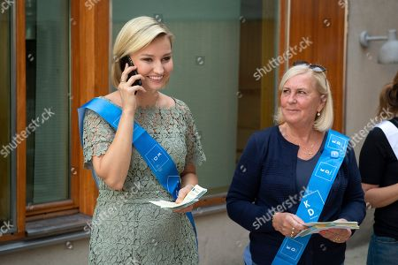 Ebba Busch Thor (L), the leader of the Swedish Christian Democrats, campaigns for her party outside a polling station in central Stockholm, Sweden, 09 September 2018. Others are not identified. About 7.5 million Swedes are eligible to vote in the country?s general elections on 09 September that are expected to see huge gains for the far-right Sweden Democrats (SD) party and losses for the ruling coalition of Social Democrtas and the Green party. The previous election campaign has been dominated by a controversial debate over the country?s immigration policy.