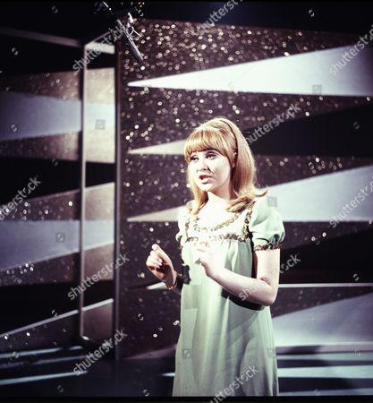 'The Frank Ifield Show'  - Lulu
