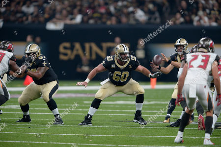 New Orleans Saints center Max Unger (60) blocks in the first half of an NFL football game against the Tampa Bay Buccaneers in New Orleans