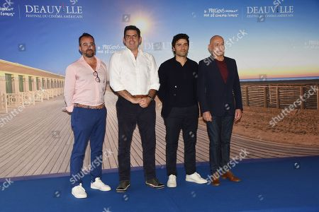 Stock Image of Chris Weitz, Oscar Isaac and Sir Ben Kingsley