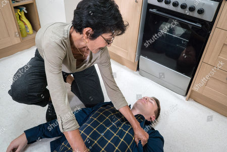 Ep 9572 Friday 28th September 2018 - 1st Ep Jude Appleton, as played by Paddy Wallace, attends Yasmeen Nazir's, as played by Shelley King, first aid course but faints when she cuts her finger!