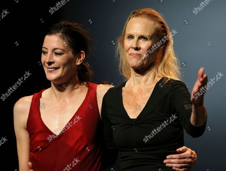 """American's choreographer Carolyn Carlson, right, and French dancer Marie Agnes Gillot react during """"Le Temps d' Aimer"""" dance festival in Biarritz, southwestern France, Friday, Sept.7, 2018"""