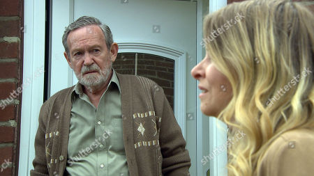 Stock Photo of Ep 8269 Wednesday 26th September 2018 Charity Dingle, as played by Emma Atkins, visit her dad Obadiah, as played by Paul Copley, but will the meeting go well or will she regret letting Obadiah back into her life?