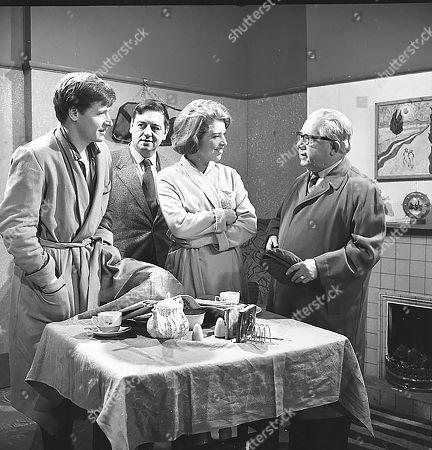 William Roache (as Ken Barlow), Frank Pemberton (as Frank Barlow), Anne Reid (as Valerie Barlow) and Jack Howarth (as Albert Tatlock)