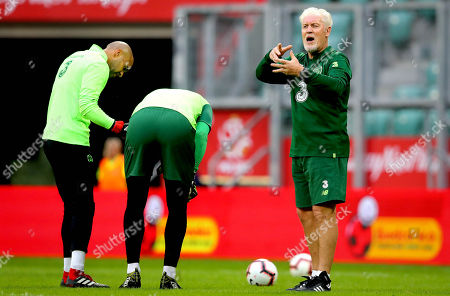 Goalkeeper coach Seamus McDonagh with goalkeepers Darren Randolph and Colin Doyle