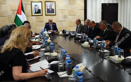 Palestinian Prime Minister, Rami Hamdallah, chairs the meeting of the national team for economic development