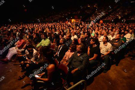 Atmosphere during Rafael Thier, Charlie Zaa y Orquesta Adolescentes at James L. Knight Center