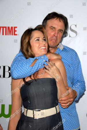 Paula Marshall and Kevin Nealon