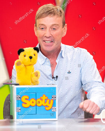 Sooty and Richard Cadell