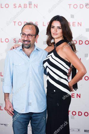 Asghar Farhadi and Penelope Cruz