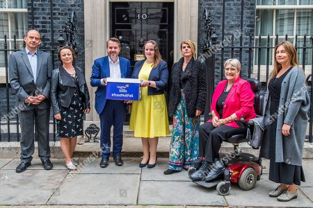 Toby Porter CEO Acorns Children?s Hospices, Catherine McKinnell MP, Andy Fletcher CEO Together for Short Lives, Kirsty Murray Mother and ambassador of petition, Steph Nimmo Mother and Together for Short Lives ambassador, Baroness Brinton and Dr Amy Volans Newham Diana Children's Community Team lliative strategy for England.