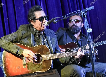 Stock Photo of Singer/Songwriter Alejandro Escovedo