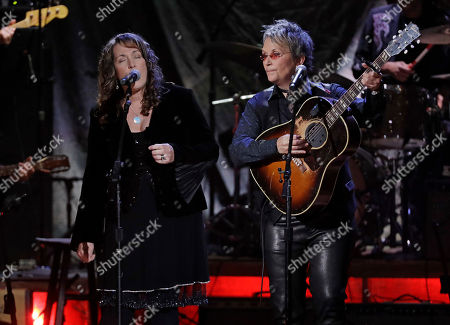 Beth Nielsen Chapman, Mary Gauthier. Beth Nielsen Chapman, left, and Mary Gauthier perform during the Americana Honors and Awards show, in Nashville, Tenn