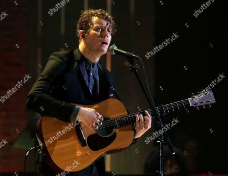 Anderson East performs during the Americana Honors and Awards show, in Nashville, Tenn