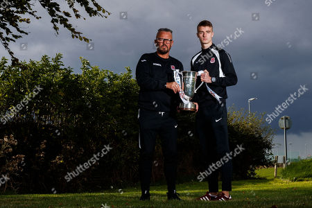 Cobh Ramblers' manager Stephen Henderson and Chris Hull