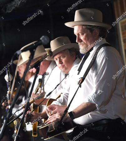 The Earls of Leicester - Shawn Camp and Jerry Douglas