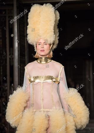 Róisín Murphy on the catwalk